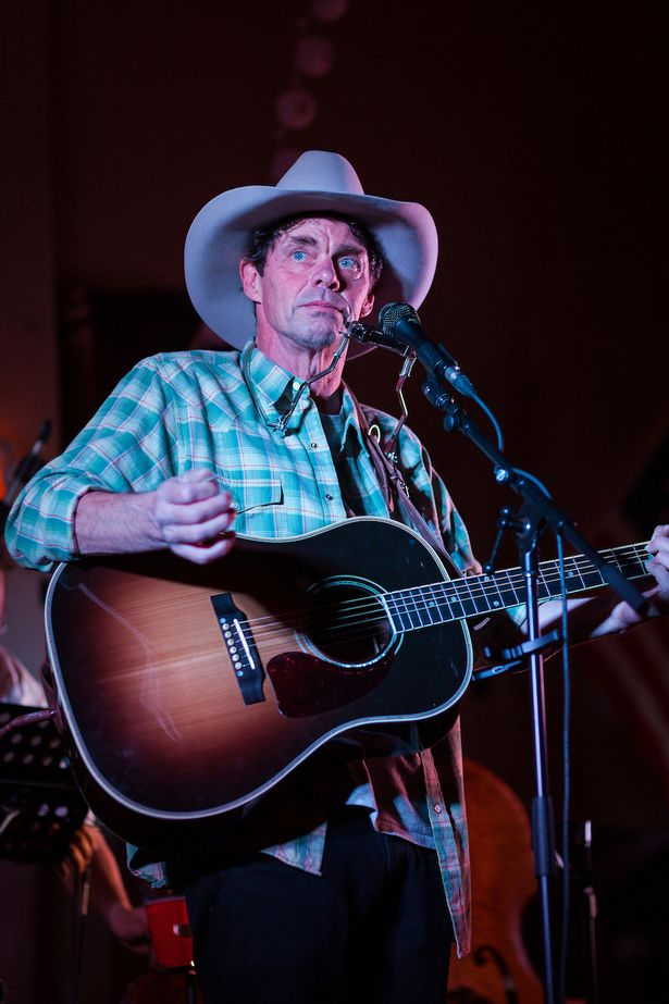 rich hall hoedown